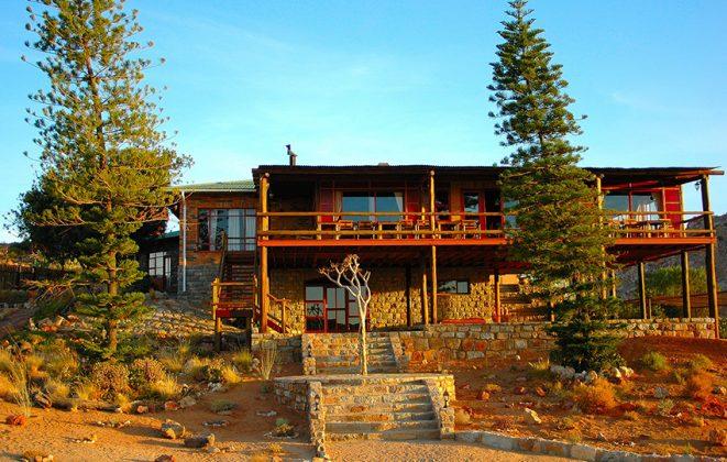 Desert Horse Inn