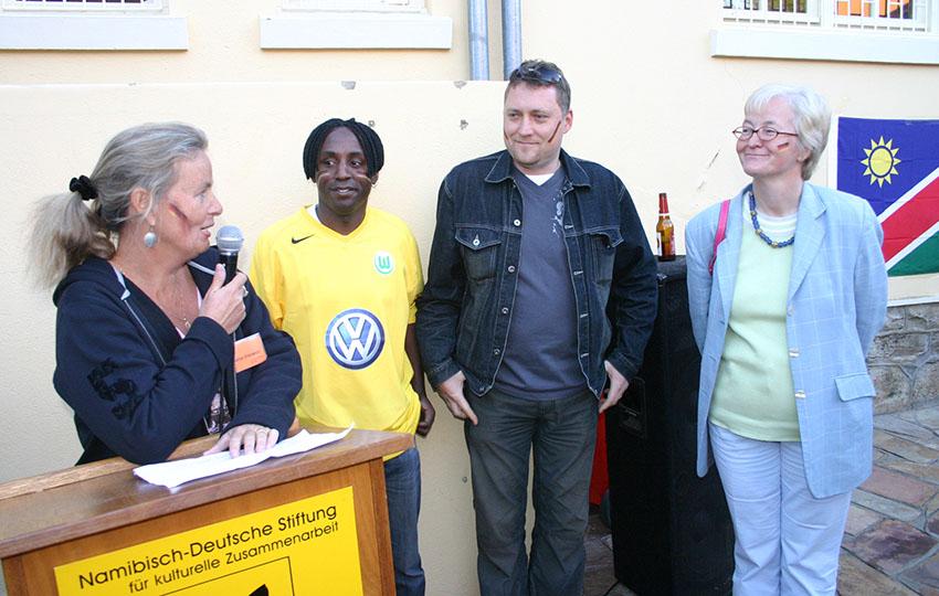 (v.l.n.r.): Sabine Erlenwein (GZ), Andreas Shiyoo (AZ), Stefan Fischer (AZ) und Ute König (Botschaft).