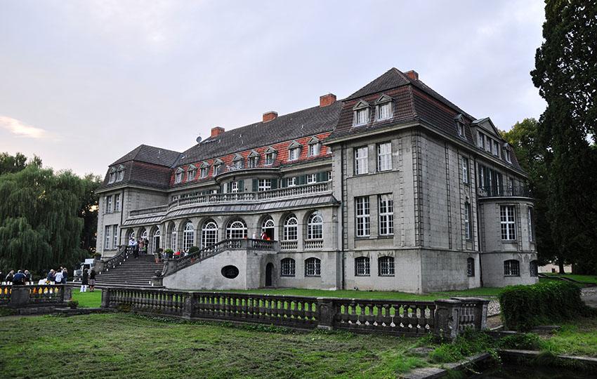 Schloss Bellin