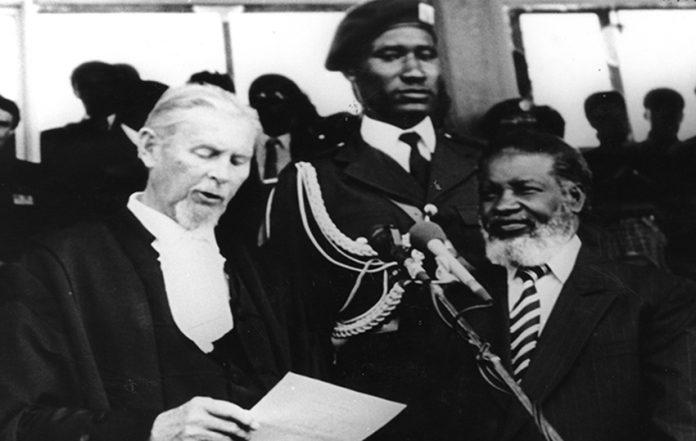 Unabhängigkeit 1990 Nujoma Berker vereidigung