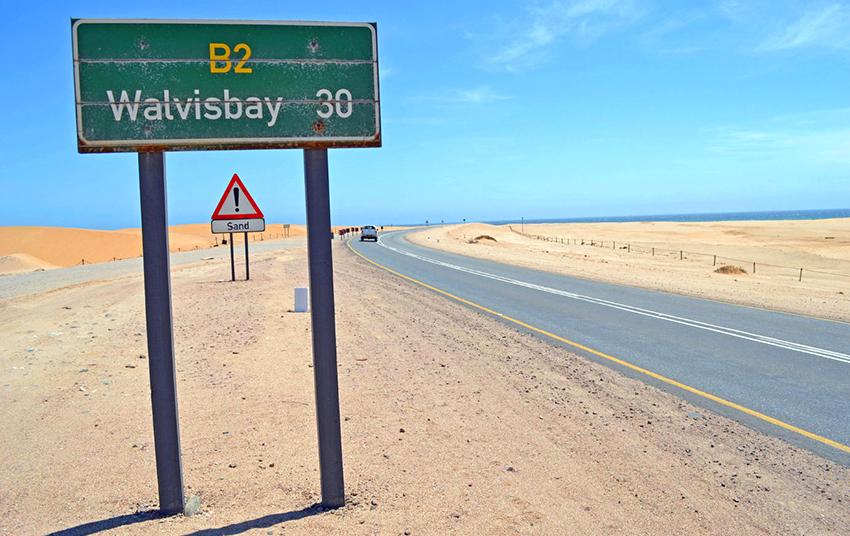 Straße Swakopmund-Walvis Bay