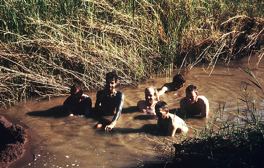 Bad in den Schwefelquellen