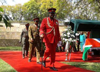 Trauerfeier Chief Rukoro