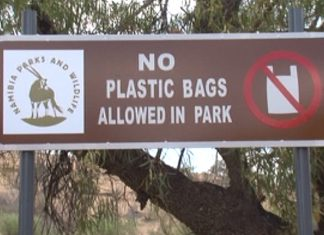 Namibia, Plastiktüten verboten