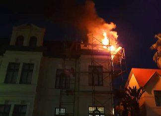 Hohenzollernhaus brennt