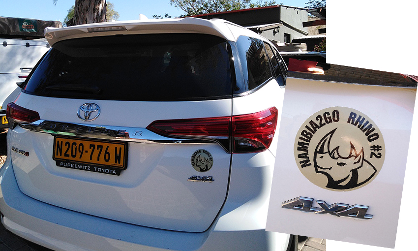 Nashorn Sticker auf Toyota