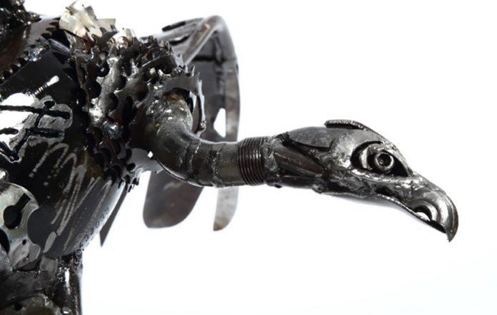 Buschpilot, Skulptur von Florian Junge