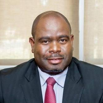Namibias Botschafter in Paris, Albertus Aochamub