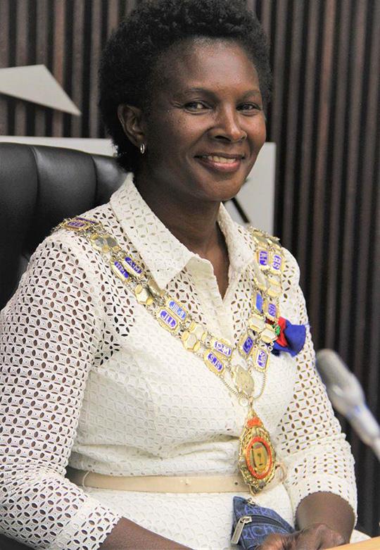 Windhoeker Bürgermeisterin, Fransina_Kahungu_