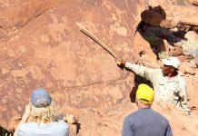 Zahlreiche Felsgravuren und -zeichnungen sind bei Twyfelfontein erhalten. Foto: Sven-Eric Stender