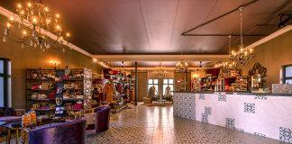 Etosha King Nehale Souvenirladen