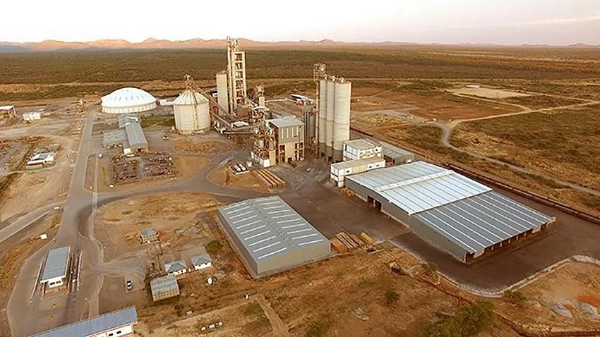 Ohorongo Zementfarbrik, Namibia