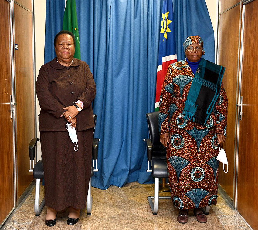 Außenministerinnen von Namibia und Südafrika